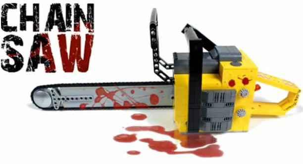 Un tronçonneuse faite en Lego