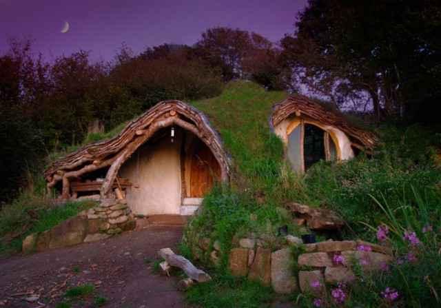 Une maison de Hobbit réelle, écologique et autosuffisante