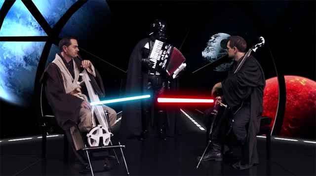 Un duel au sabre laser, à l'accordéon et au violoncelle