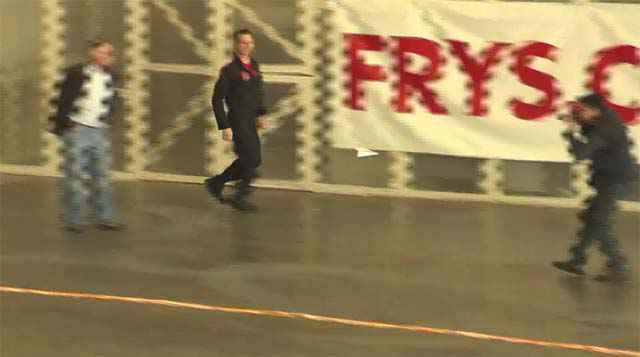 Un nouveau record du monde de distance parcourue par un avion en papier