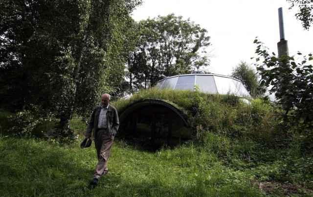 Une maison de hobbit moderne