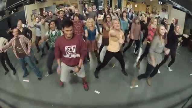 Flash mob sur le plateau de The Big Bang Theory