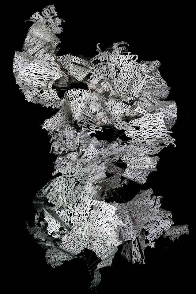 Une chorégraphie de mots en trois dimensions