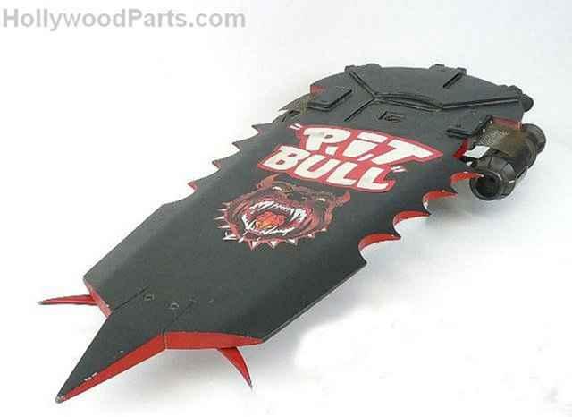 P.I.T . BULL - L'hoverboard de Biff Tannen sur Ebay