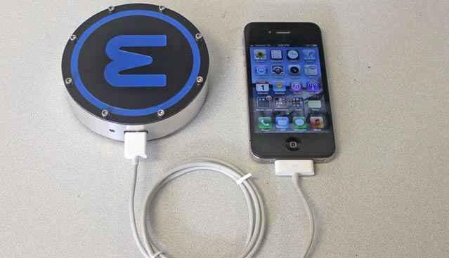 Epiphany onE Puck - Recharge ton smartphone avec une bière ou un café