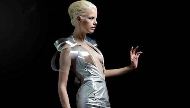 Intimacy 2.0 - La robe qui devient transparente quand votre cœur s'accélère !