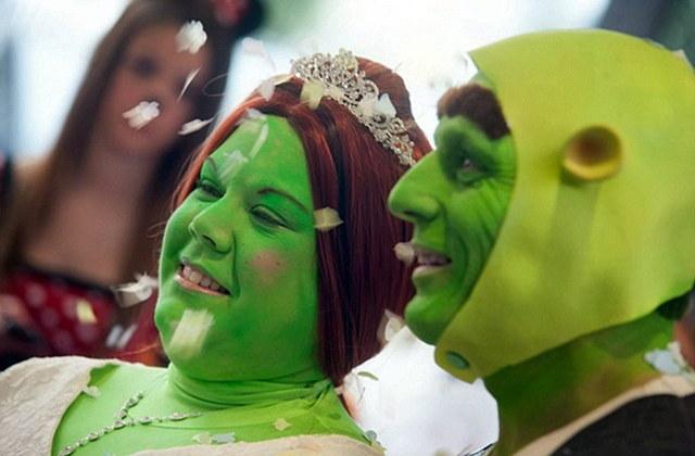 Ils se marièrent en Shrek et Fiona et eurent beaucoup d'enfants...