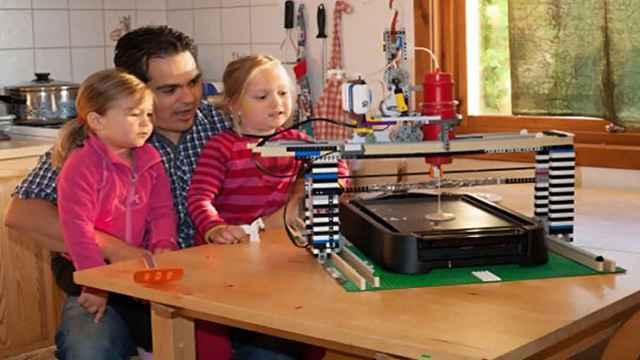 La machine à fabriquer des crêpes et des pancakes en légo