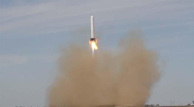 Grasshopper - La fusée qui décolle et qui atterrit