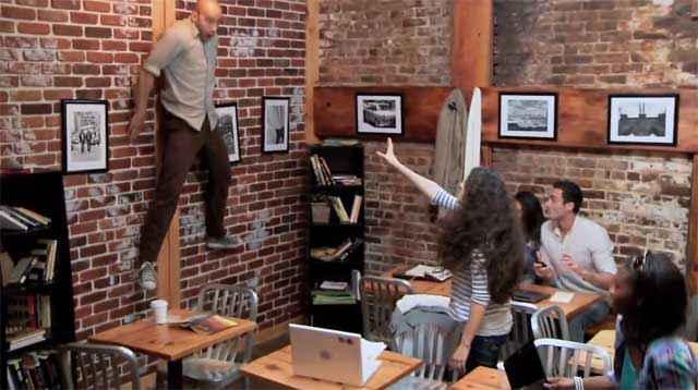 Télékinésie dans un coffee shop – Quand la pause vire au cauchemar