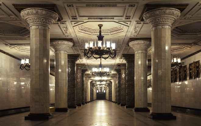 impressive-metro-subway-underground-stations-15-660x415