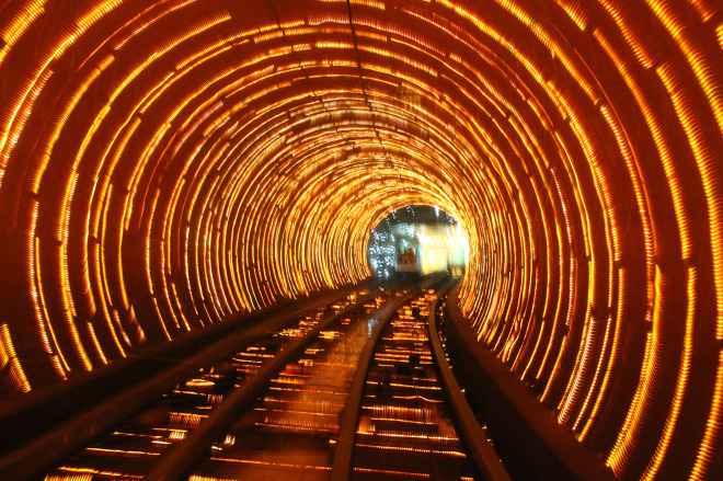 impressive-metro-subway-underground-stations-25-660x439