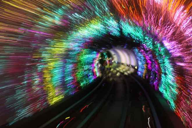 impressive-metro-subway-underground-stations-26-660x440