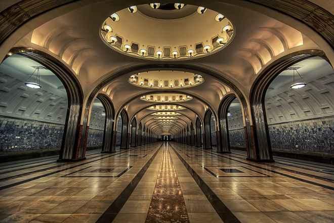 impressive-metro-subway-underground-stations-27-660x440