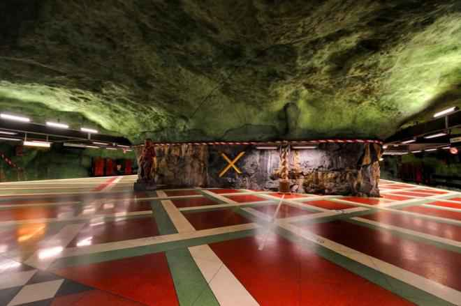 impressive-metro-subway-underground-stations-34-660x439