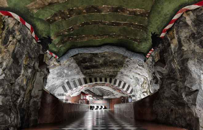 impressive-metro-subway-underground-stations-35__880-660x423