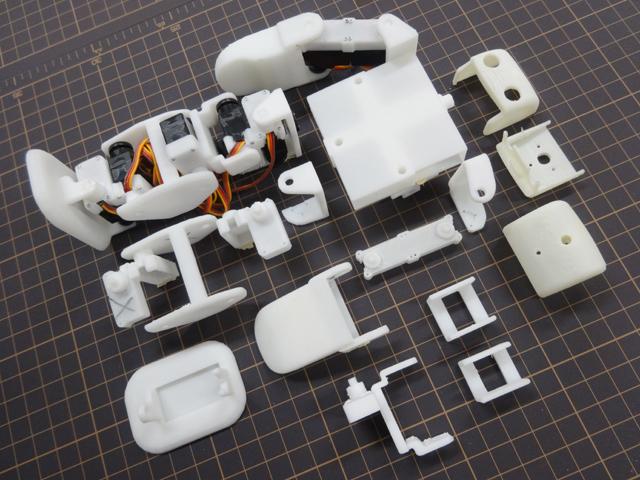 plen-2-robot-open-source-impression-3d-003