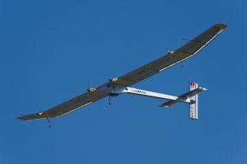 Suivez en direct le tour du monde de Solar Impulse 2, l'avion propulsé par énergie solaire.