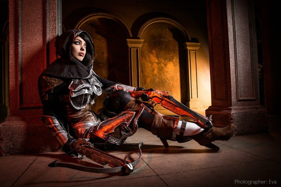 demon-hunter-diablo-3-cosplay-Freia-Rave-002