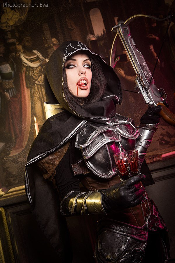 demon-hunter-diablo-3-cosplay-Freia-Rave-008