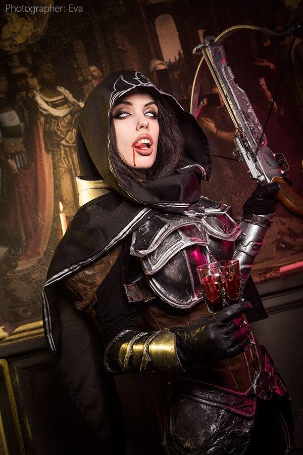 demon-hunter-diablo-3-cosplay-Freia-Rave-008