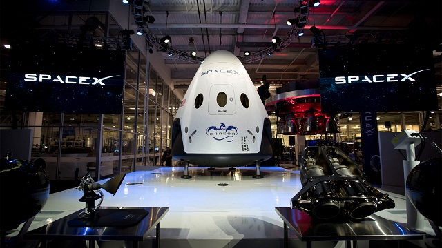 spacex-dragon-v2-1