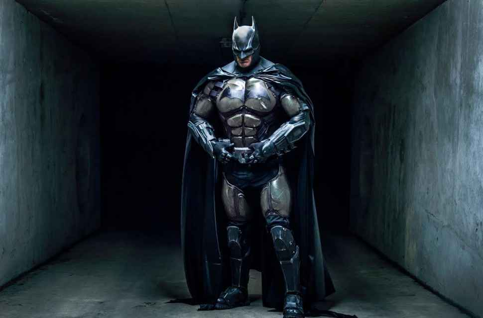 Badass Arkham-origines-Batman-Cosplay-003