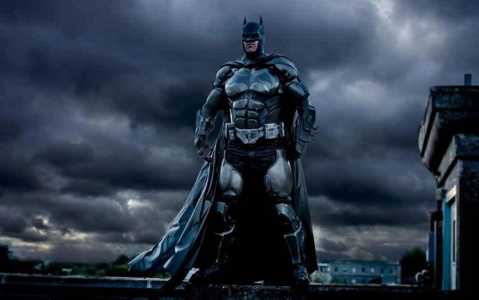 Badass Arkham-origines-Batman-Cosplay-004
