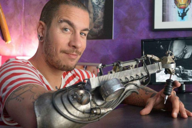 bras-tatoueur-steampunk-biomeca-lyon-006