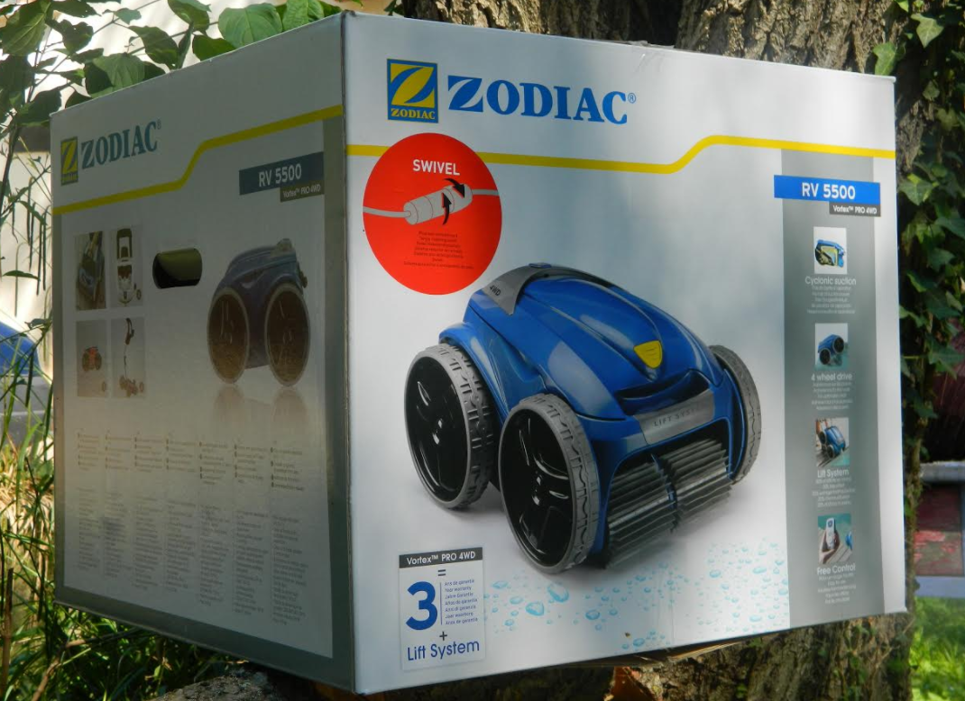 Zodiac vortex rv 5500 test du robot piscine 4x4 for Robot pour piscine coque