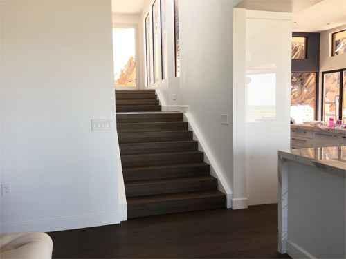 Creative Home Engineering, l'entreprise qui installe des passages secrets chez vous