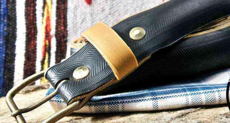 ef0b97b0737f Il fabrique des ceintures avec des pneus de vélos usagés, le résultat est  superbe !