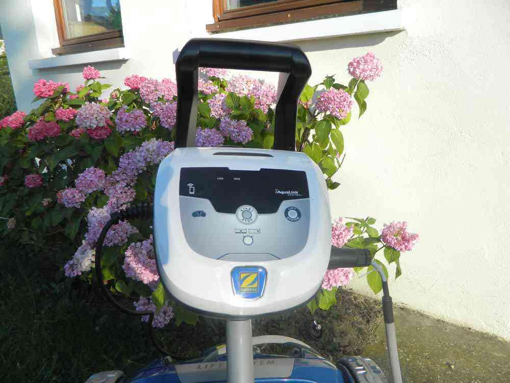 zodiac rv 5480 iq test du robot nettoyeur piscine neozone. Black Bedroom Furniture Sets. Home Design Ideas