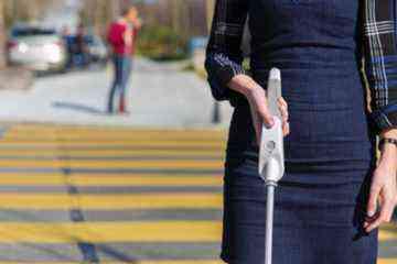 WeWALK, la canne connectée à ultrasons pour les personnes aveugles et malvoyantes