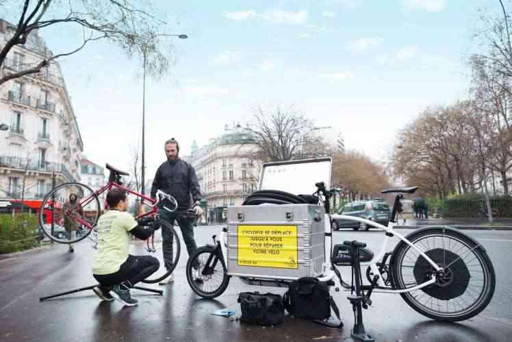 Pour moins de 15€, Cyclofix vient réparer votre pneu de vélo crevé ou que vous soyez