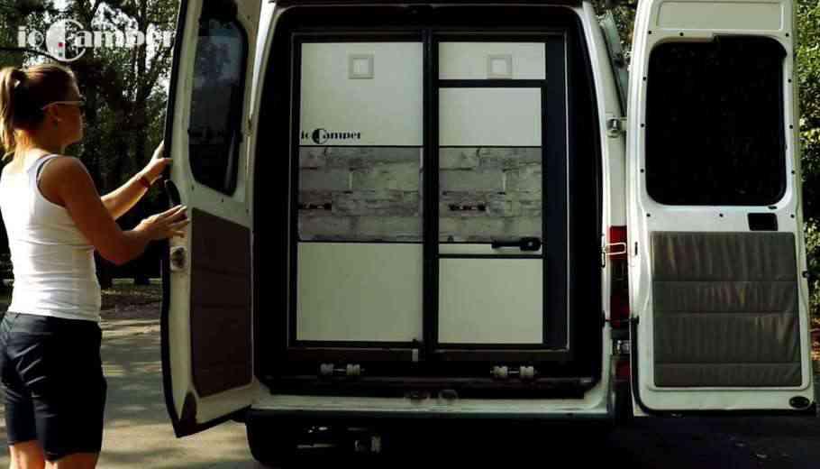 ioCamper, l'appartement pliant et transportable dans une box