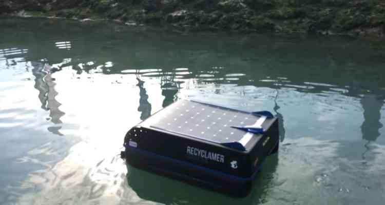 Recyclamer, le robot qui aspire les déchets et les hydrocarbures dans les lacs et les océans