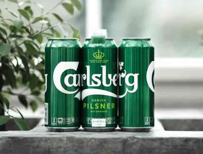 Carlsberg remplace le plastique par une colle écologique