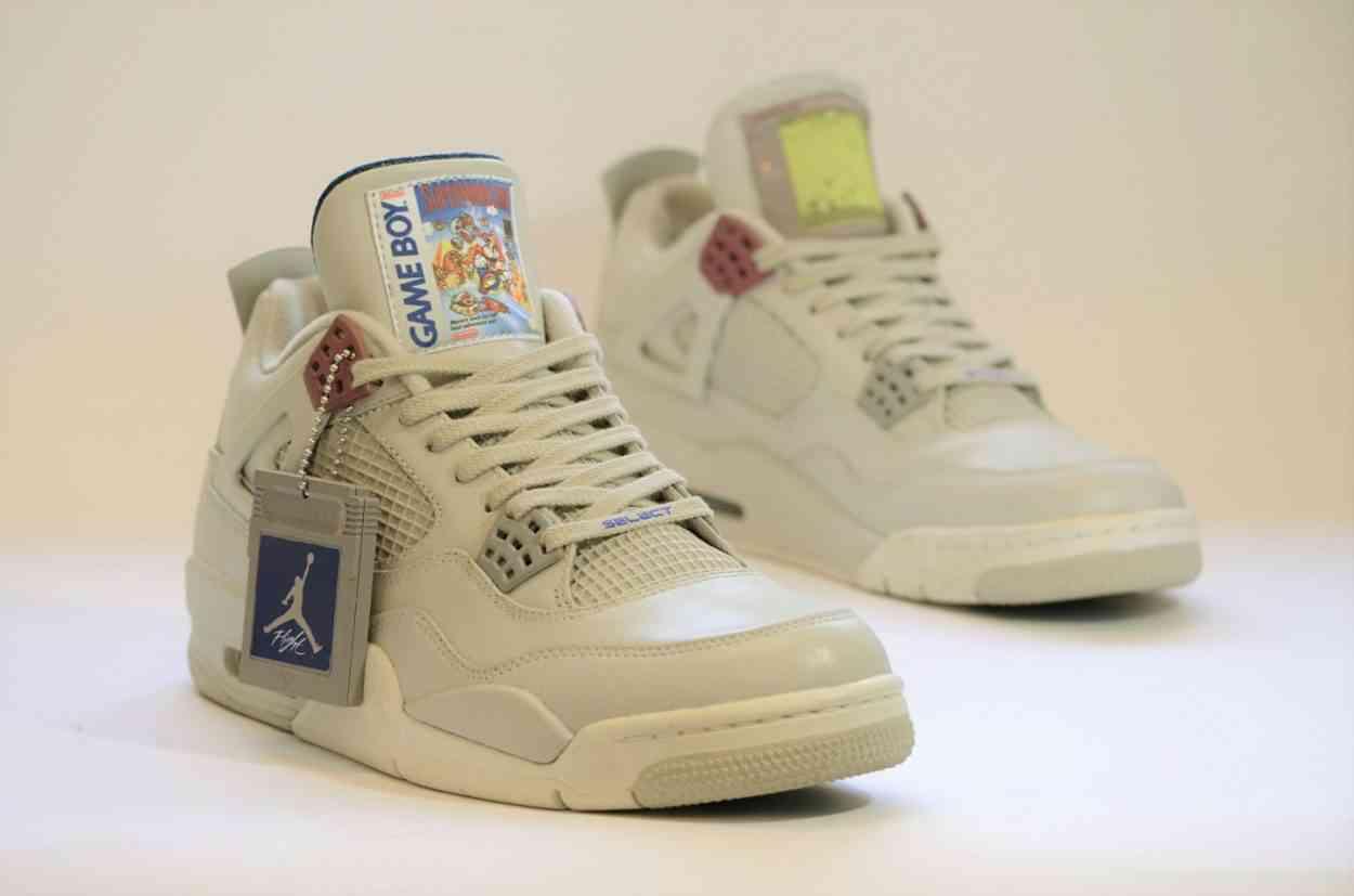 Des sneakers Air Jordan IV aux couleurs de la GameBoy de Nintendo