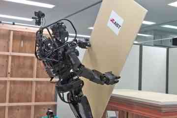 HRP-5P, le robot humanoïde qui pose des plaques de placo