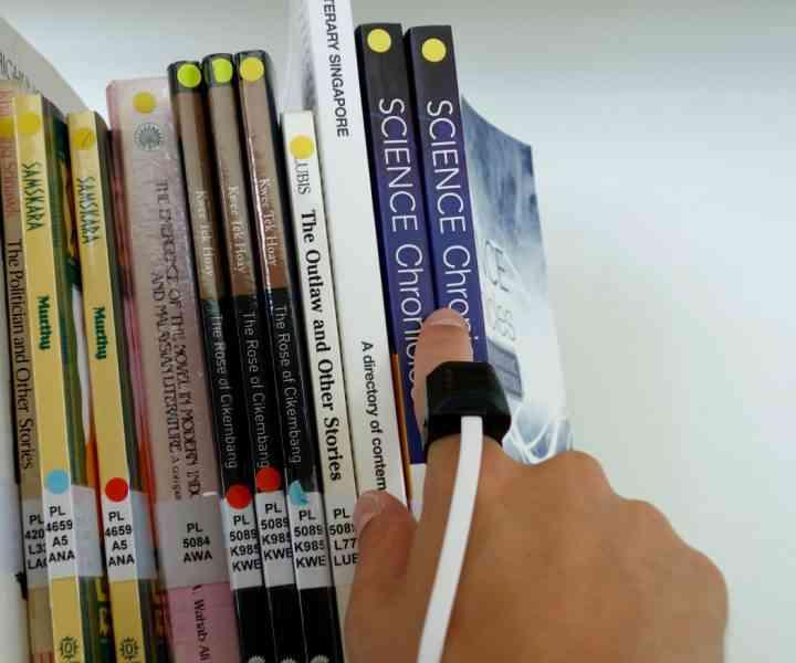 Finger Reader, une bague pour aider les déficients visuels à lire