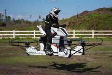 Le premier hoverbike volant sera commercialisé 130.000€ dans 6 mois
