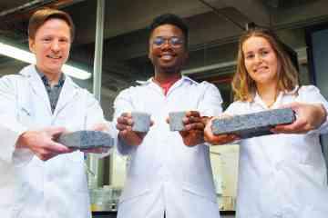 Ils inventent une brique de construction à base de sable et d'urine humaine