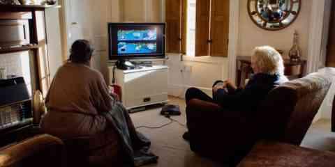 Un couple se bat en duel à Mario Kart tous les jours depuis 18 ans pour savoir qui va préparer le thé
