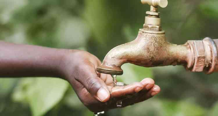 Majik Water, l'appareil qui change l'air en eau potable grâce à l'énergie du soleil