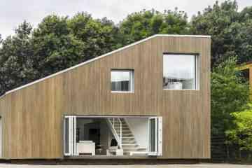 Cette magnifique maison à été construite avec 3 containers industriels