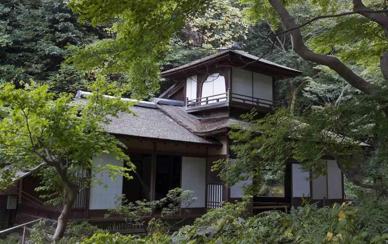 Plan Maison Traditionnelle Japonaise au japon, devenez propriétaire pour moins de 20 euros au m²