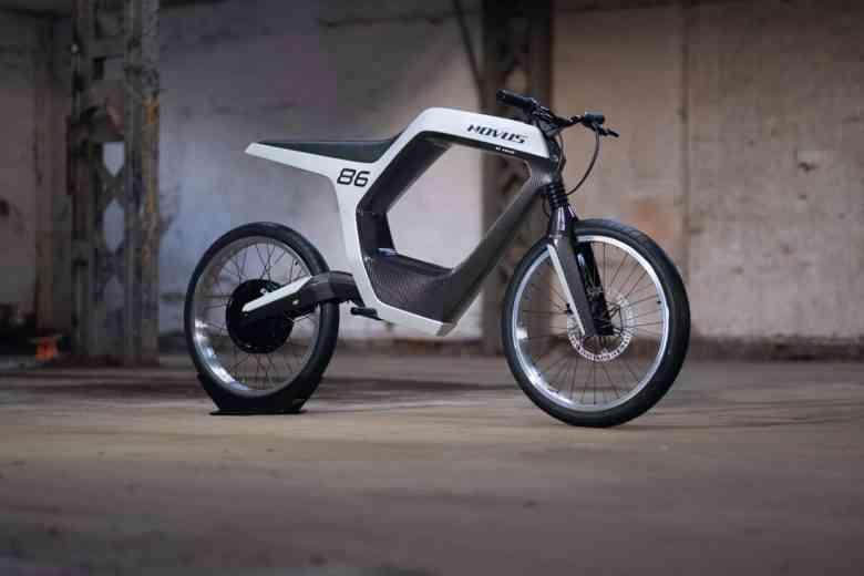 Novus dévoile une moto électrique qui utilise votre smartphone comme tableau de bord