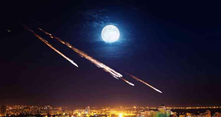 Une société japonaise va créer des pluies de météorites artificielles dans un but uniquement récréatif...