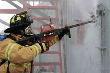 Pyrolance, un système d'extinction d'incendie par perforation qui permet d'attaquer le feu de l'extérieur